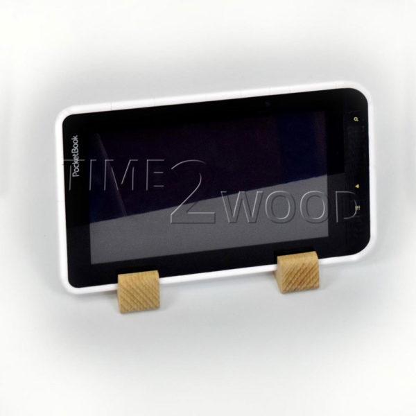 Derevyanniye_Podstavki_dlya_Plansheta_Wood_Tablet_Holder_time2wood